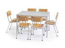 Kantines-stoelen-en-tafels