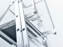 Werkplatformen-en-verrijdbare-platformtrappen-ZARGES